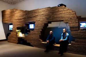 exhibit-design-honeycomb-board