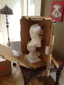 sculpture-head-crate with foam support