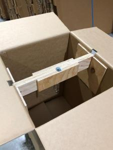 High Strength Carton with internal support for hanging